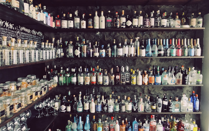 gin-shelf-800